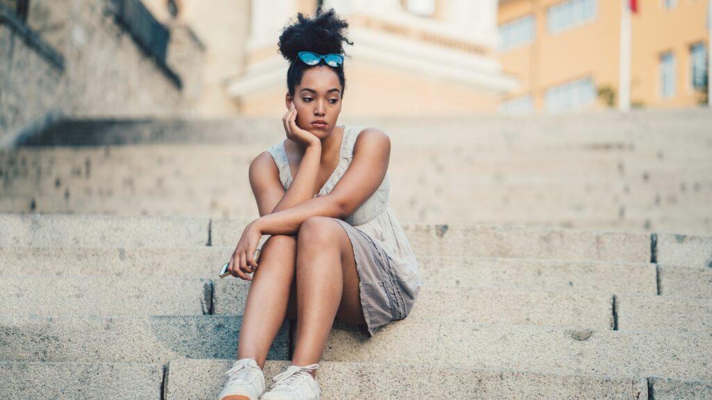 9 Signs of Low Self-Esteem